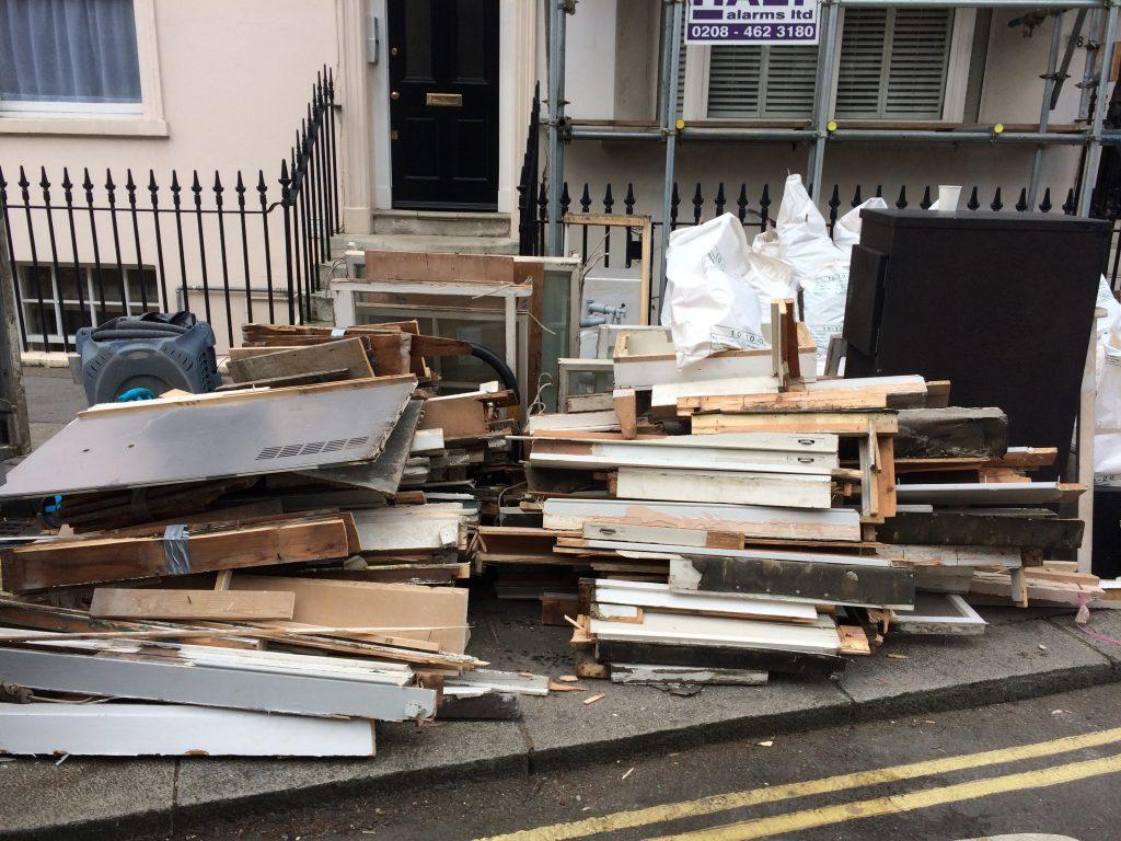Rubbish clearance in Victoria